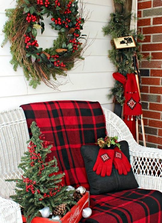 Using Plaid in Hoilday Decor