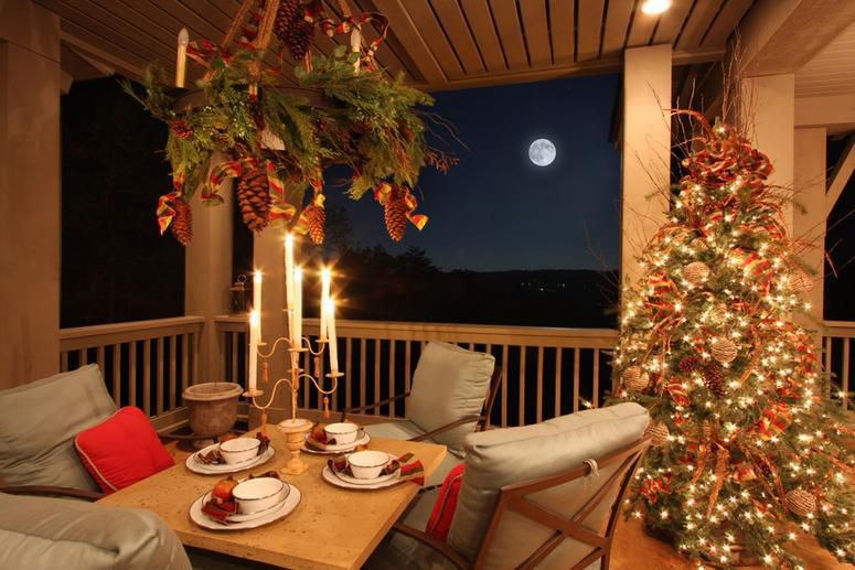 Outdoor Holiday Decorating Ideas Porches